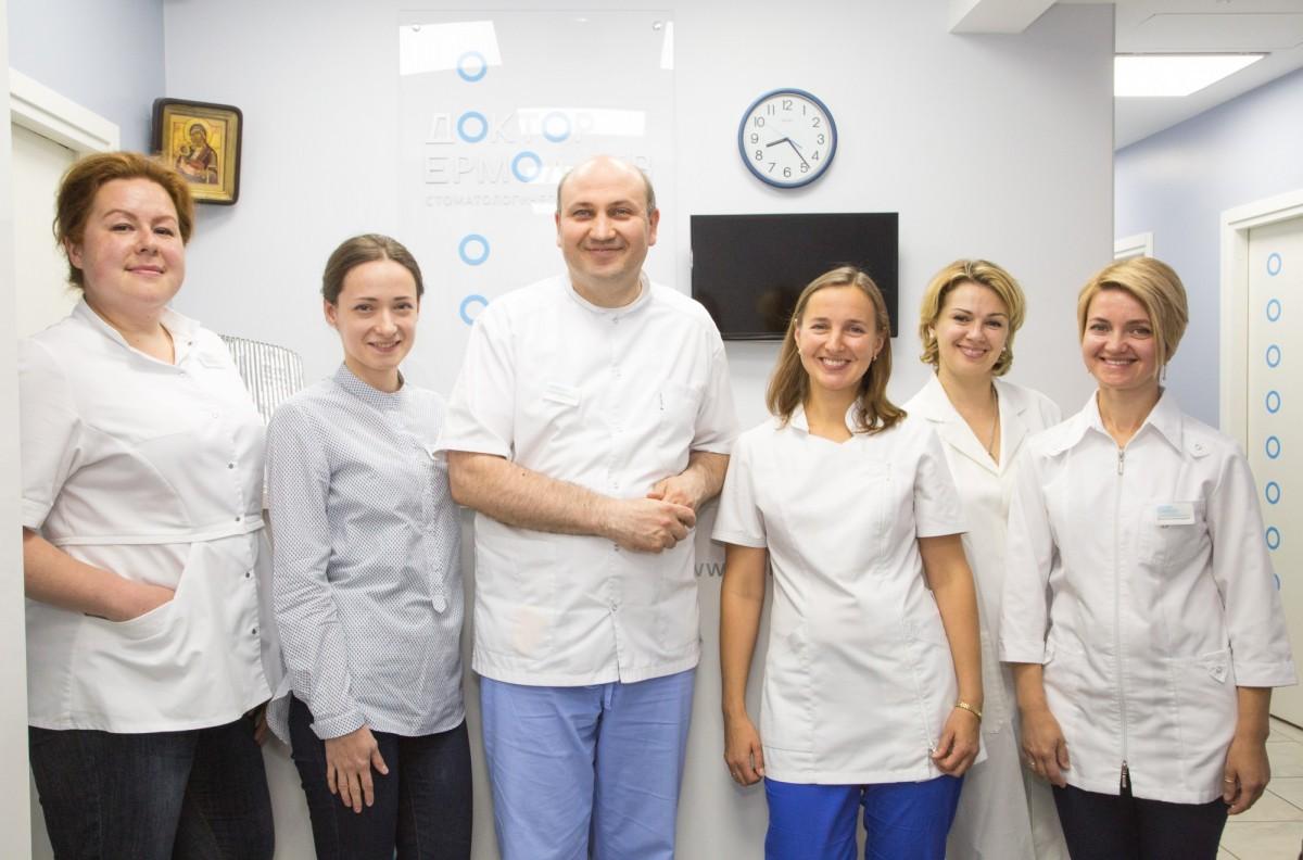 Врач-ортопед Олег Ермолаев