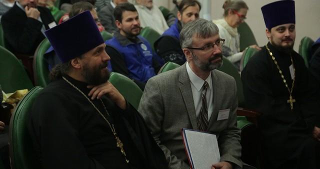 Катехизаторы Екатеринбурга встретились за круглым столом, чтобы поделиться опытом своего служения