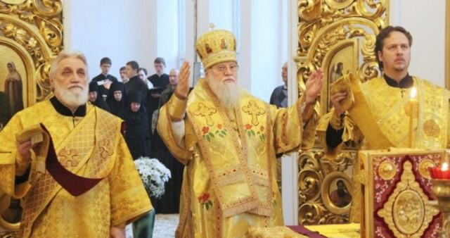 Первое архиерейское богослужение с сурдопереводом совершено в Краснодаре