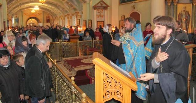 Впервые в Курской епархии был отслужен молебен с сурдопереводом