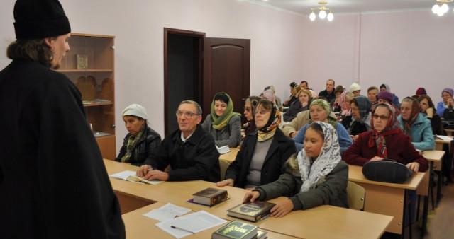 В Уваровской епархии открыты Богословские курсы для мирян