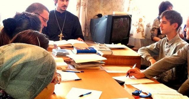 Цикл бесед о Православной вере в храме прп. Серафима Саровского г. Вилючинска