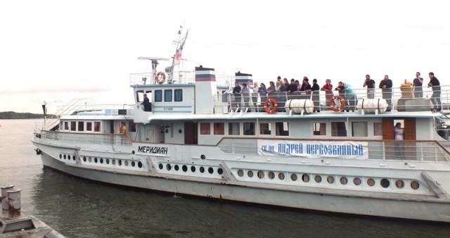 Водная миссия священников и врачей завершилась в Сибири