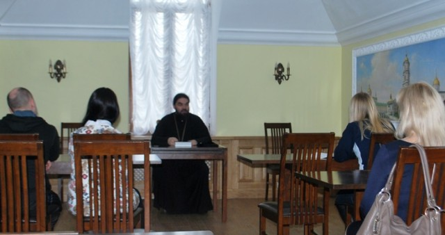 Богоявленский кафедральный собор Горловки приглашает на библейские чтения