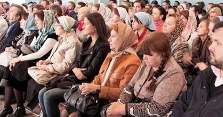 Собрание новых слушателей епархиальных курсов состоялось в Александро-Невской лавре