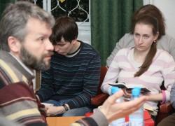 Встреча огласительной группы, катехизатор Владимир Якунцев