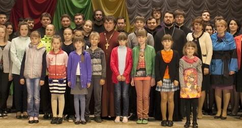 Миссионерский хор МДА посетил Бежецкую и Весьегонскую епархию