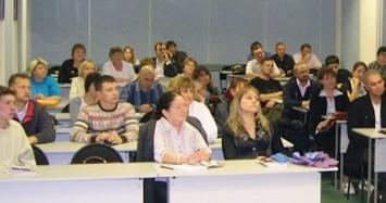 Выпускники богословских курсов Кемерова приглашаются к повышению своего образования до уровня катехизатора
