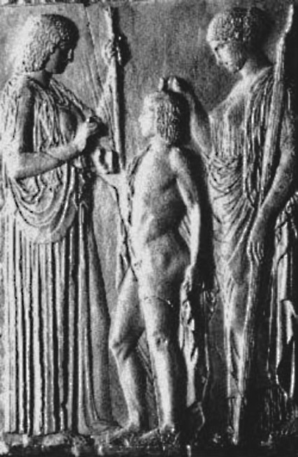Рис. 8. Деметра, Дионис и Персефона