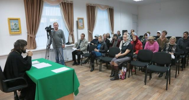 В Культурно-просветительском центре Курганской епархии открылись епархиальные Катехизаторско-миссионерские курсы