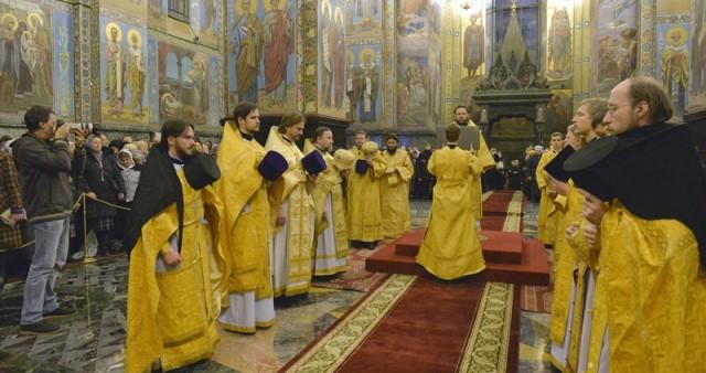 Миссионерская литургия с мультимедийным сопровождением совершена в Санкт-Петербурге