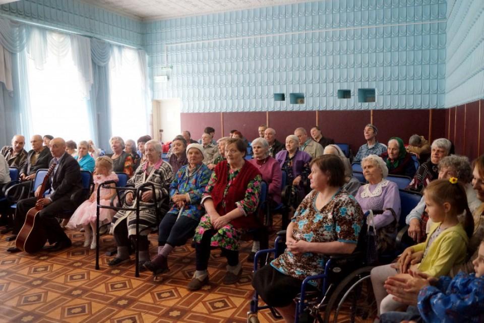 В Тверском доме престарелых прошел концерт