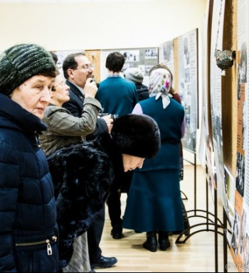 Уникальные архивные документы на выставке в Томске