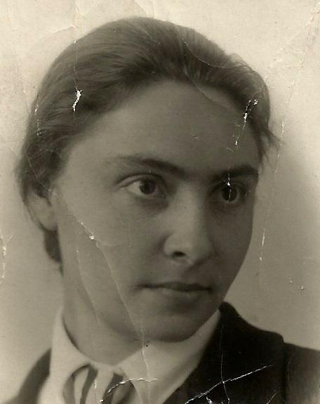 Елизавета Михайловна Шик в 1944 г. Фото из личного архива Елены Старостенковой