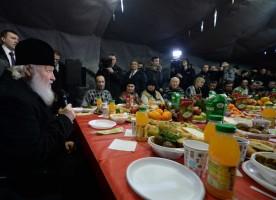 Святейший Патриарх Кирилл посетил «Ангар спасения» в Москве