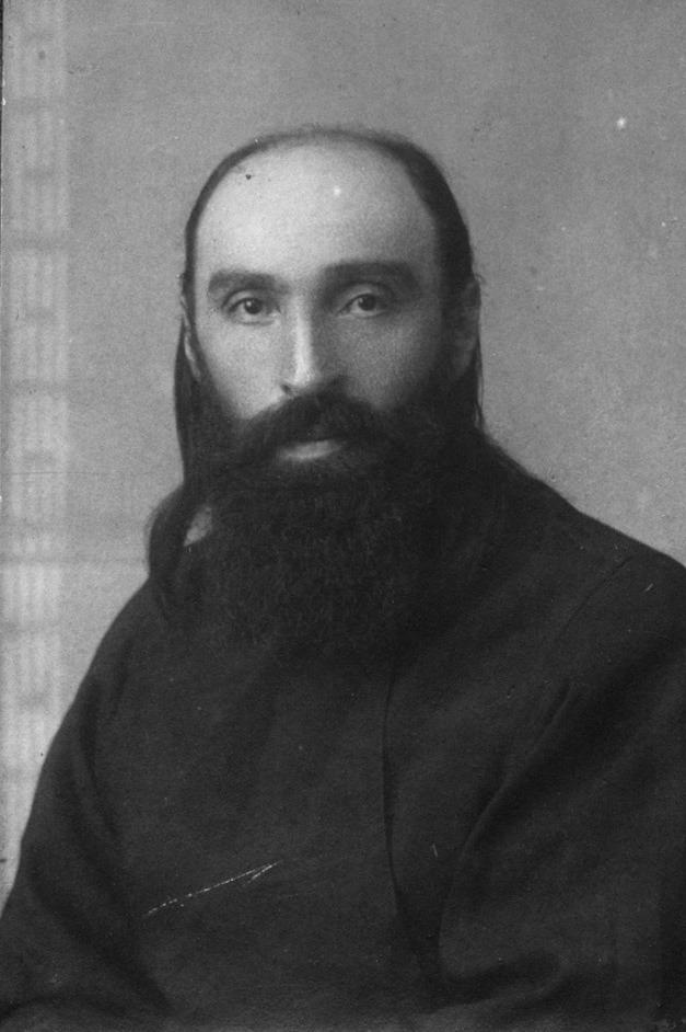 Фото 3. О. Михаил в Турткуле. 1926 г.