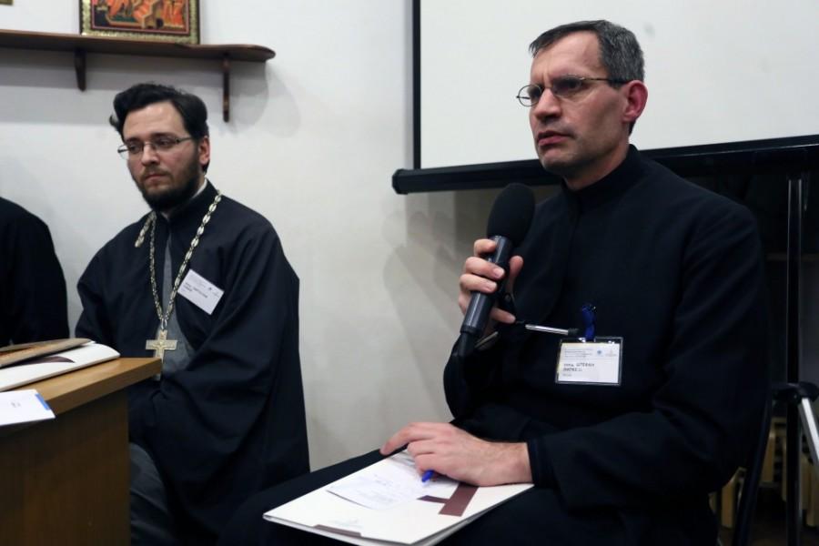Священник Штефан Липке SJ, директор католического Института святого Фомы