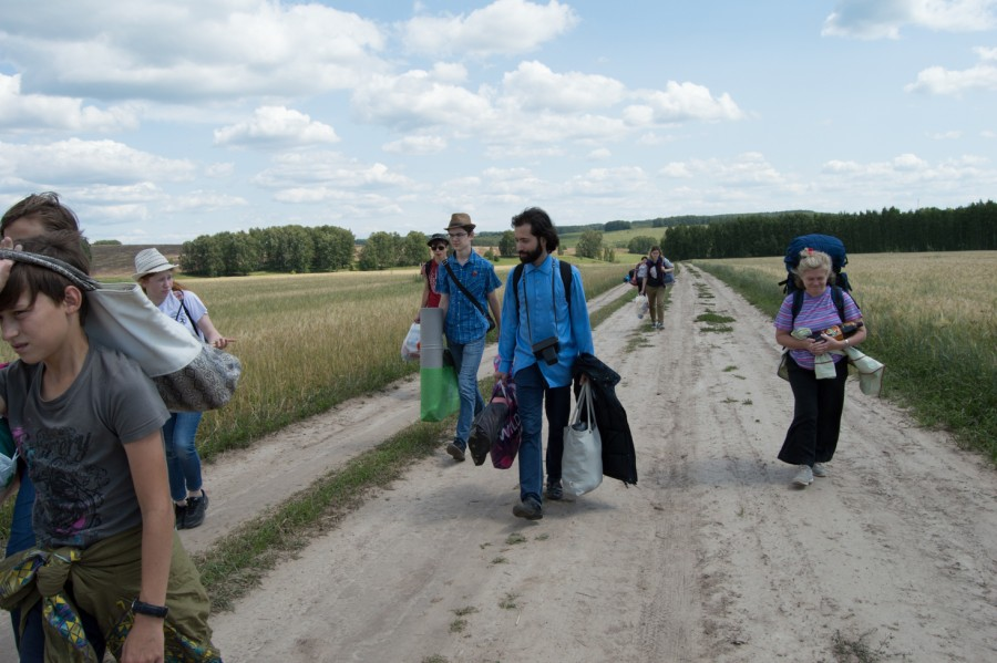 По дороге в усадьбу Приклонских- Рукавишниковых. Село Подвязье, Нижегородская область