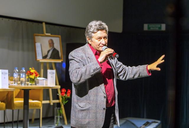 Александр Саубанов