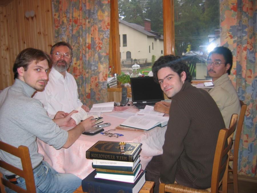 За работой над переводом богослужебных текстов на русский язык. 2004 год
