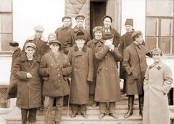 Комиссия по вскрытию святых мощей в Богоявленском соборе города Екатеринбурга. 1919 год