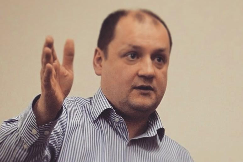 Валерий Басай