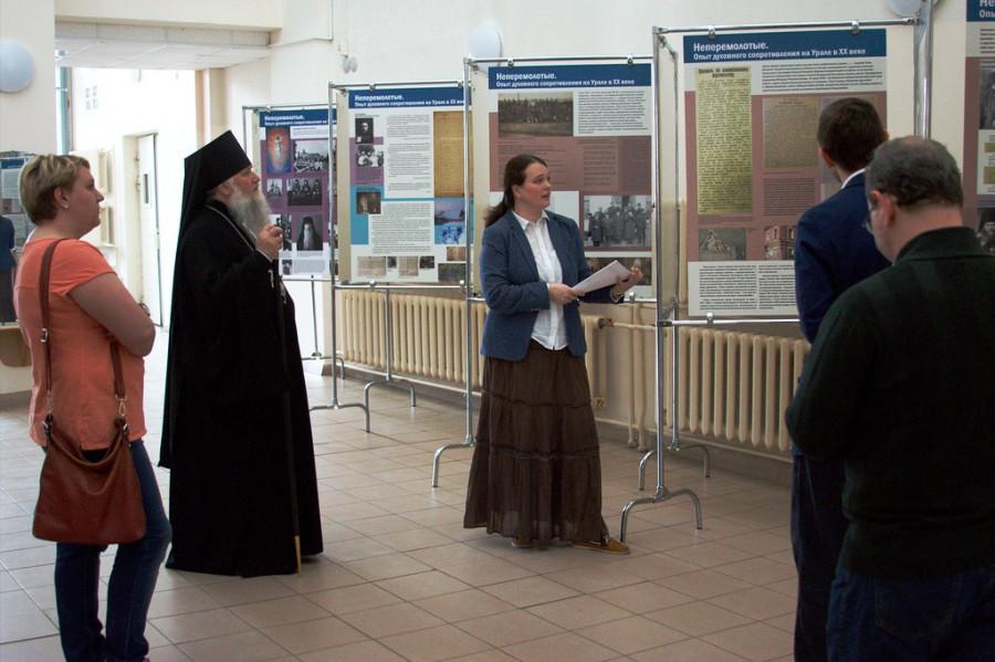 Первую экскурсию проводит Мария Озерская, член Преображенского братства