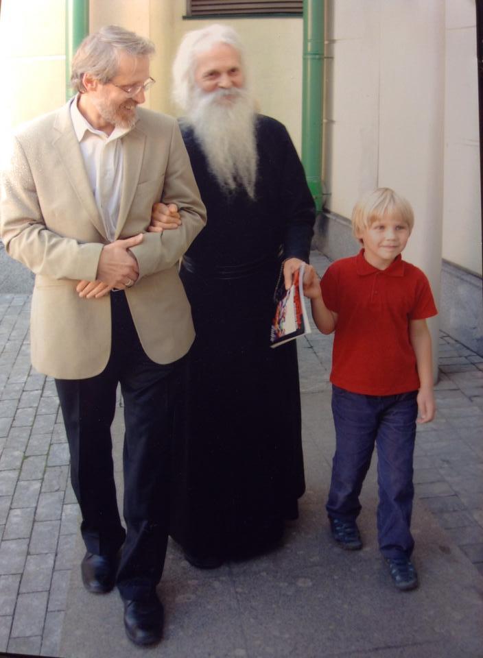 Отец Виктор с маленьким Витей