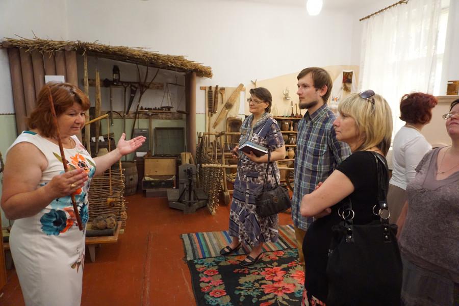 Исторический музей в Кицканах. Директор музея Тамара Игнатенко (слева)
