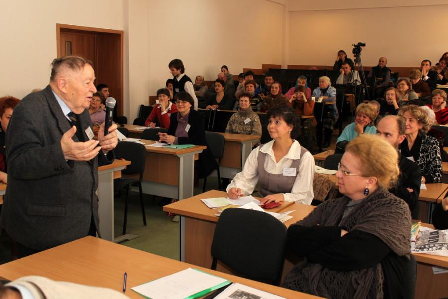 Аурел Маринчук (слева)