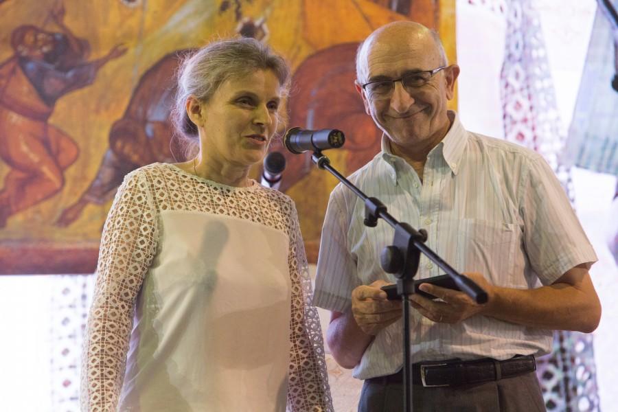 Справа – Пьеранжело Торричелли, представитель христианского движения ACLI (Ассоциации христиан трудящихся Италии)