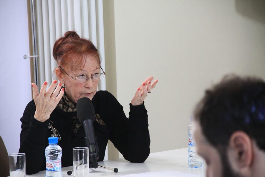 Людмила Давыдова, ст.научн.сотр., хранитель античной скульптуры Государственного Эрмитажа (Санкт-Петербург)