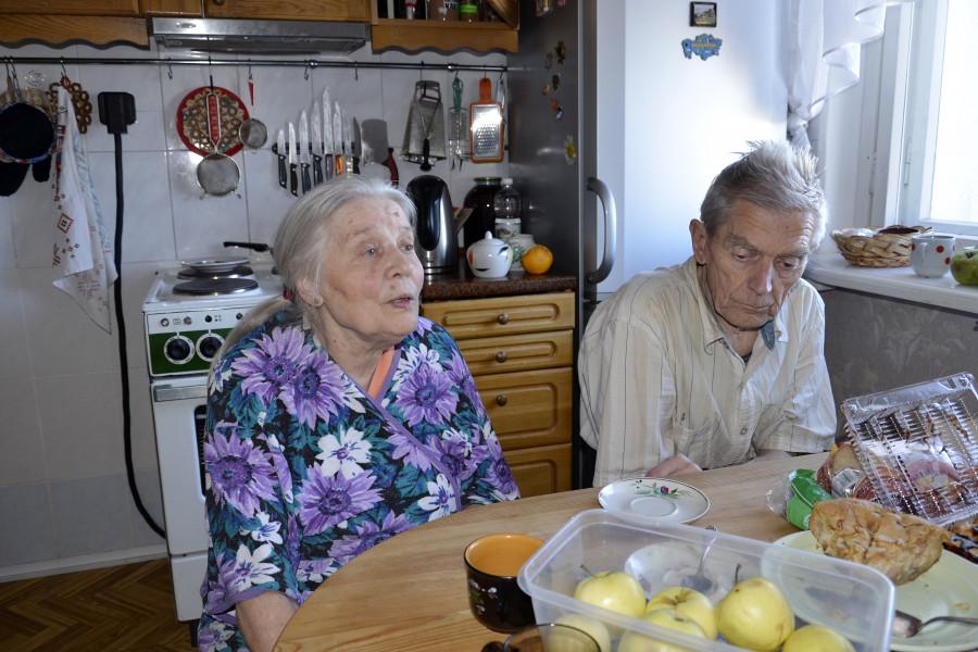 Майя Тодоровна Кляшторная и ее муж Геннадий Леонидович, 2016 г.