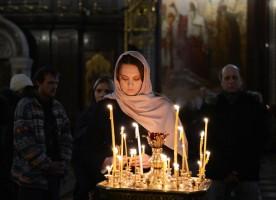 Более 50% россиян ждут целый год, чтобы помириться с близкими