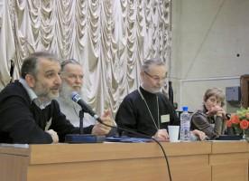 """Видеорепортаж первого дня конференции """"Старшинство и иерархичность в церкви и обществе"""""""