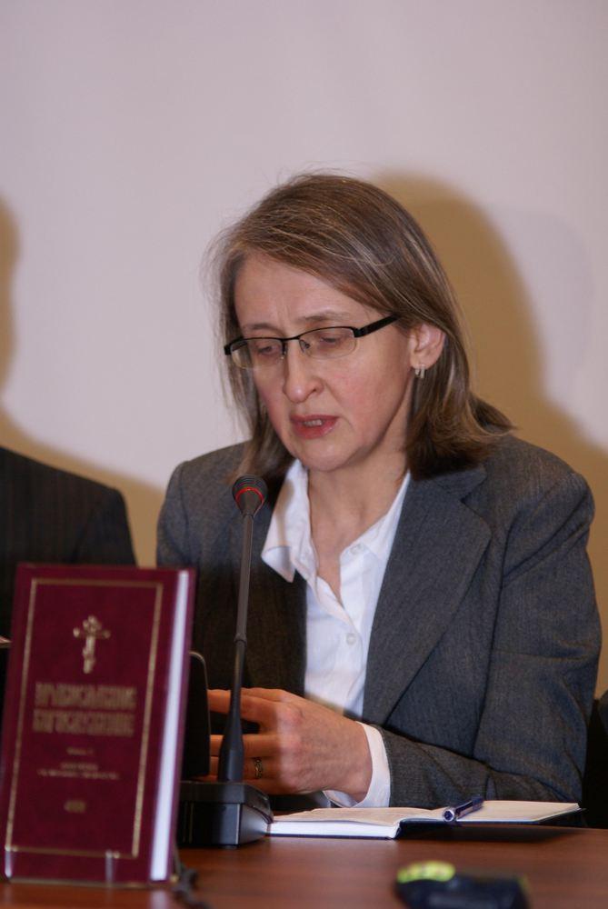 Ученый секретарь и руководитель издательства СФИ Л.Ю.Мусина