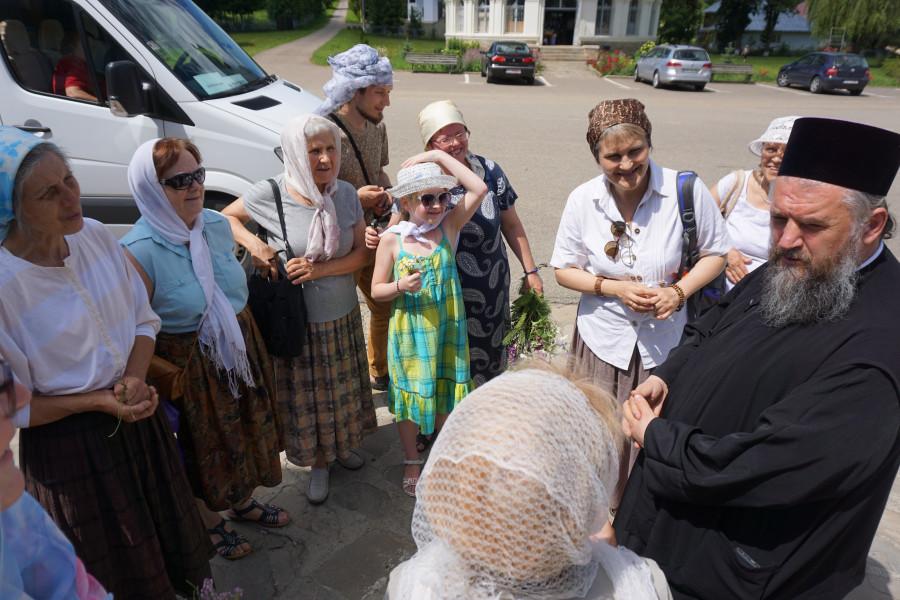 Беседа с настоятелем Нямецкого монастыря архимандритом Бенедиктом (Саучук)