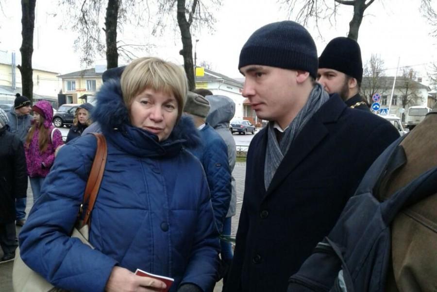 Справа – Михаил Климов, мэр города