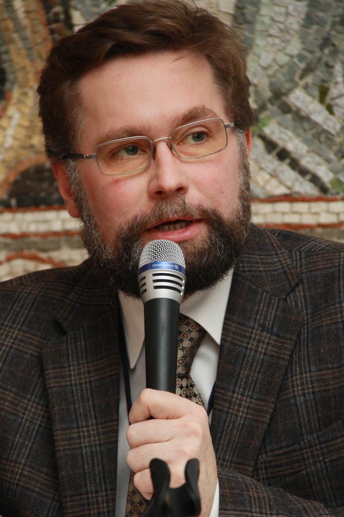 Д. Гасак