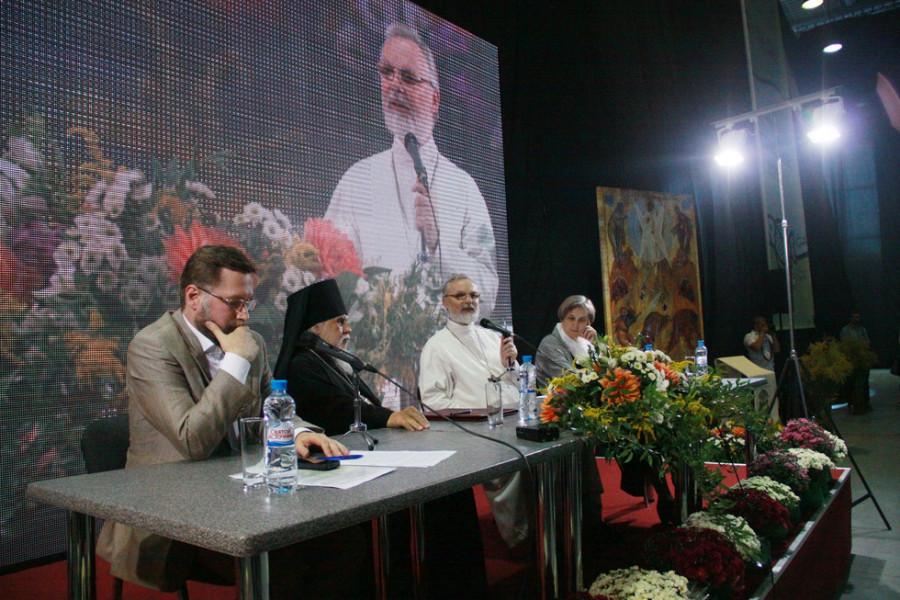 Приветственное слово отца Георгия на общей встрече в КВЦ «Сокольники»