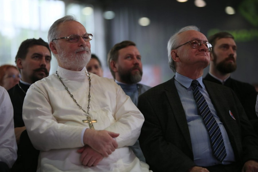 Священник Георгий Кочетков и академик Алексей Старобинский