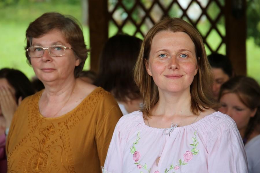 Руководитель семейной школы Наталья Чернышева, регент Ирина Шейченко