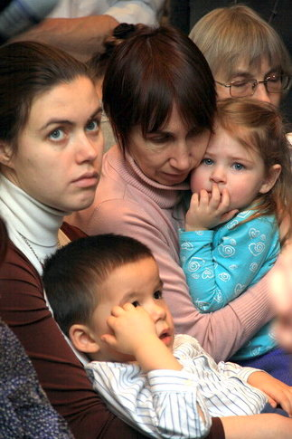 Мамы и дети в часовне СФИ