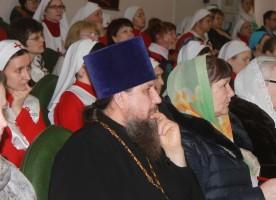 В рамках Фестиваля православных братств прошел круглый стол церковных объединений, ...
