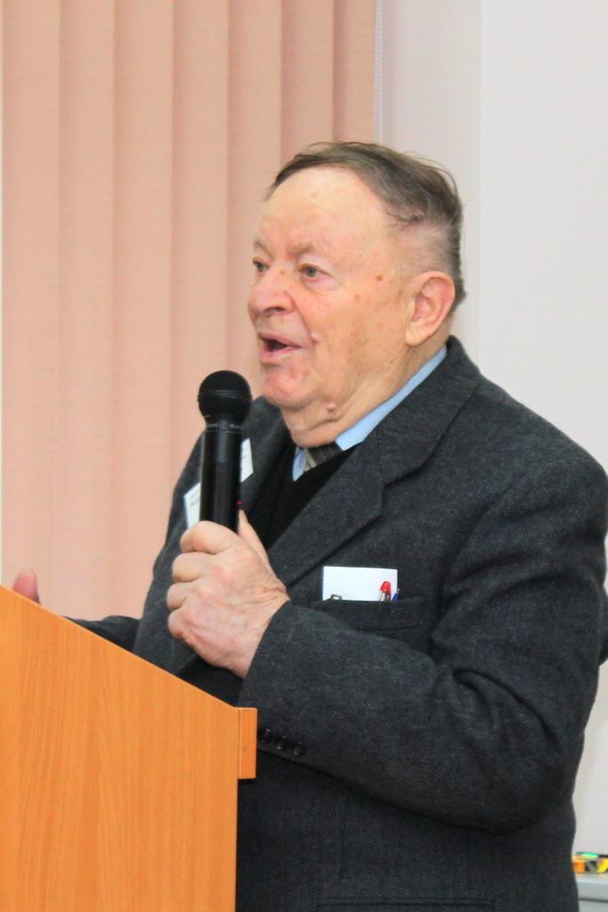 Аурел Маринчук, профессор Технического университета Молдовы, д.физ.-мат.н.