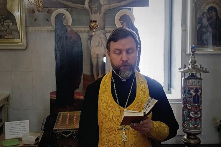 Священник Павел Бибин