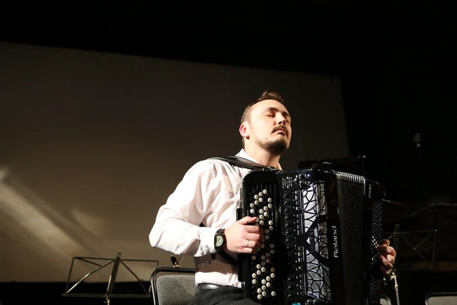 Стас Малышев (цифровой баян), лауреат международных конкурсов