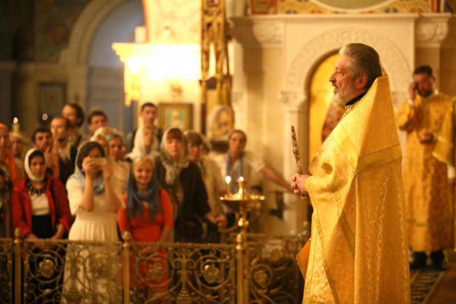 Протоиерей Михаил Рязанцев, ключарь храма Христа Спасителя