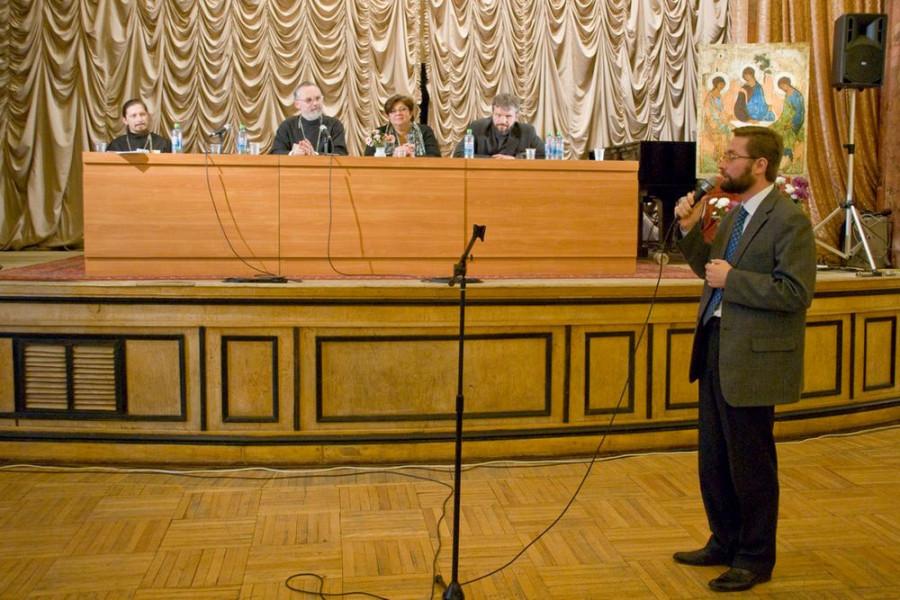 Слово председателя оргкомитета конференции проректора СФИ Д.С. Гасака