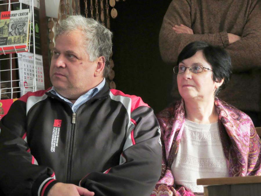 Иван Адельгейм, сын о. Павла, и Наталья Лебедева, ведущая презентации